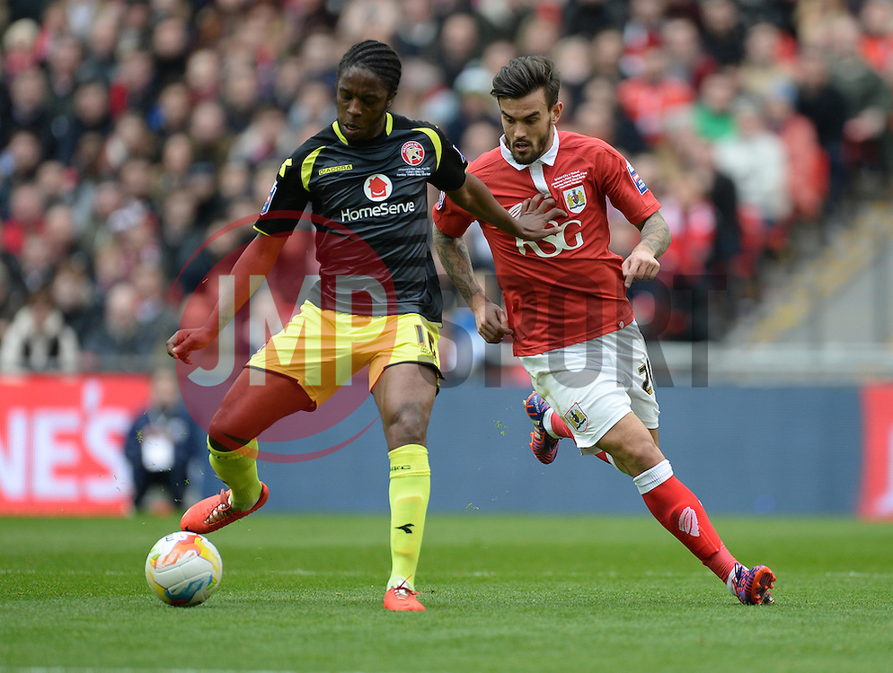 Walsall's Romaine Sawyers passes the ball under pressure from Bristol City's Marlon Pack - Photo mandatory by-line: Alex James/JMP - Mobile: 07966 386802 - 22/03/2015 - SPORT - Football - London - Wembley Stadium - Bristol City v Walsall - Johnstone Paint Trophy Final