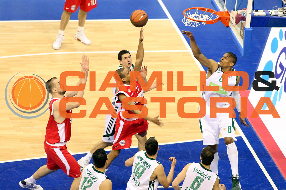 DESCRIZIONE : Berlino Eurolega 2008-09 Final Four Semifinale Olimpiacos Panathinaikos Atene<br /> GIOCATORE : Lynn Greer<br /> SQUADRA : Olimpiacos Atene<br /> EVENTO : Eurolega 2008-2009 <br /> GARA : Olimpiacos Panathinaikos Atene<br /> DATA : 01/05/2009 <br /> CATEGORIA : tiro<br /> SPORT : Pallacanestro <br /> AUTORE : Agenzia Ciamillo-Castoria/G.Ciamillo