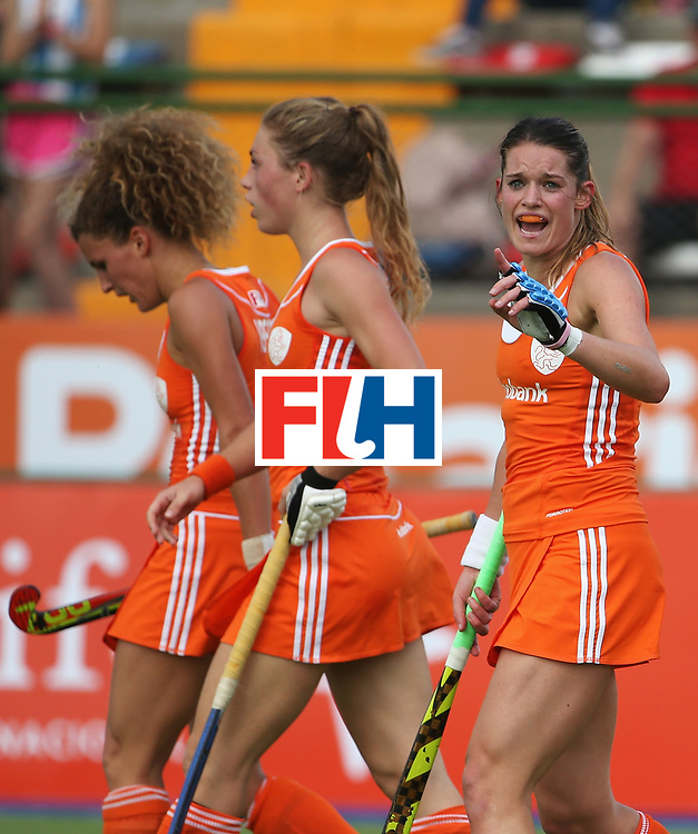 ROSARIO, ARGENTINA - DECEMBER 05:  Lidewij Welten (R) of the Netherlands celebrates scoring her teams second goal with team mates during the Hockey World League Final Pool A match between the Netherlands and Germany at Estadio Mundialista de hockey on December 5, 2015 in Rosario, Argentina.  (Photo by Chris Brunskill/Getty Images)