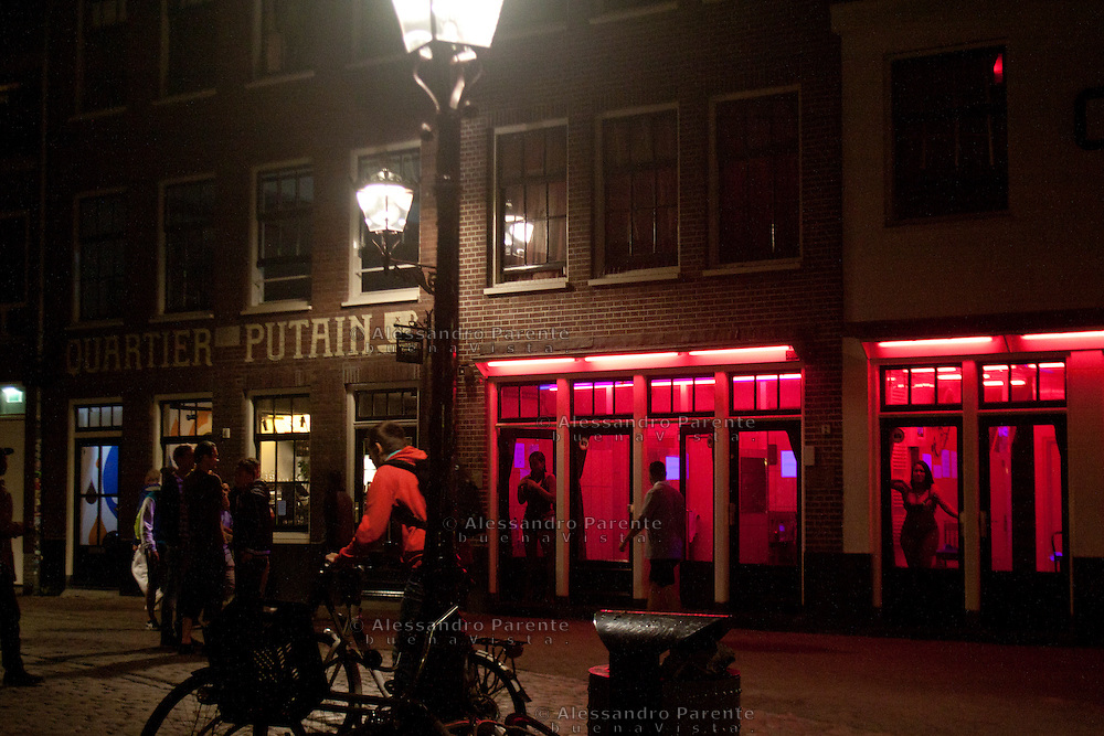 red light district windows in Amsterdam