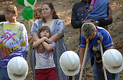 15018Habitat for Humanity press conference on Nelsonville site