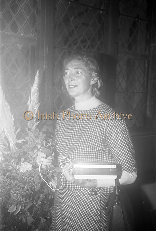 Opening of Kilkenny Design Workshop. Virginia Booth, Fashion Consultant.<br /> 15.11.1965