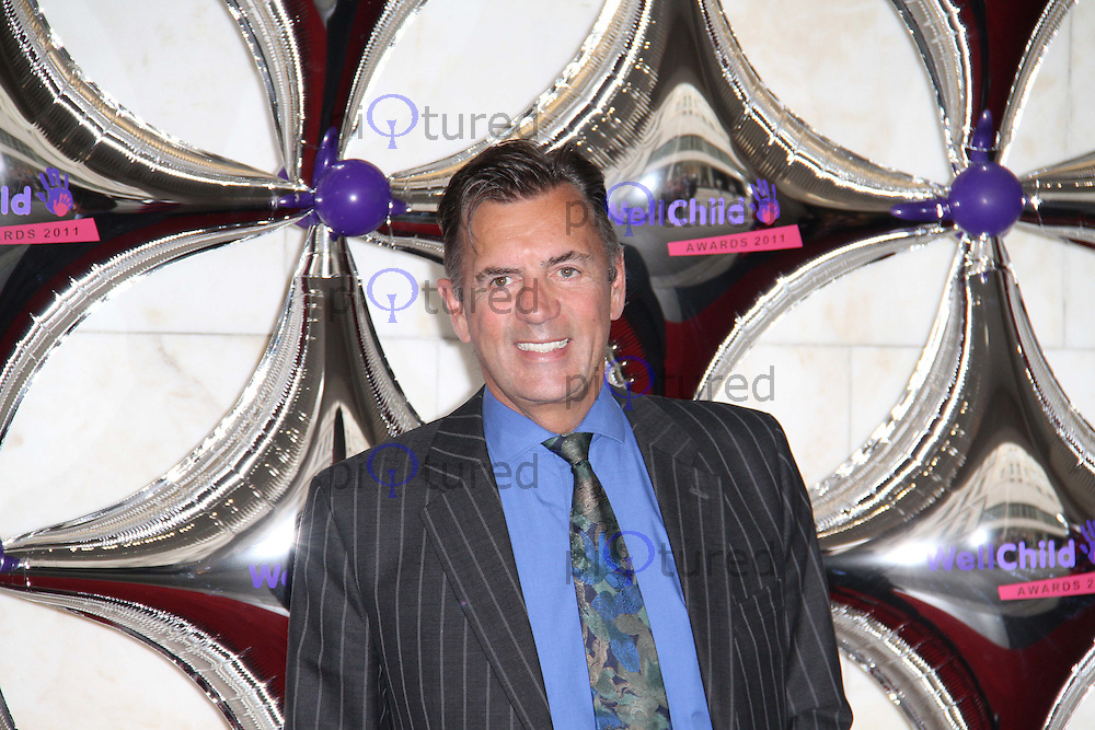 Duncan Bannatyne WellChild Awards, Inter-Continental Hotel, London, UK, 31 August 2011:  Contact: Rich@Piqtured.com +44(0)7941 079620 (Picture by Richard Goldschmidt)