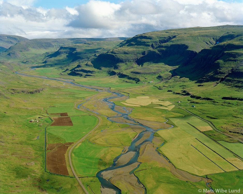 Leikskálar séð til austurs, Dalabyggð áður Haukadalshreppur / Leikskalar viewing east, Dalabyggd former Haukdalshreppur.