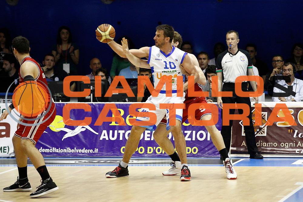DESCRIZIONE : Capo dOrlando Lega A 2014-15 Orlandina Basket Olimpia Emporio Armani EA7 Milano<br /> GIOCATORE : SANDRO NICEVIC<br /> CATEGORIA : Controcampo <br /> SQUADRA : Orlandina Basket EA7 Emporio Armani Olimpia Milano<br /> EVENTO : Campionato Lega A 2014-2015 <br /> GARA : Orlandina Basket EA7 Emporio Armani Olimpia Milano<br /> DATA : 19/04/2015<br /> SPORT : Pallacanestro <br /> AUTORE : Agenzia Ciamillo-Castoria/G.Pappalardo<br /> Galleria : Lega Basket A 2014-2015<br /> Fotonotizia : Capo dOrlando Lega A 2014-15 Orlandina Basket EA7 Emporio Armani Olimpia Milano
