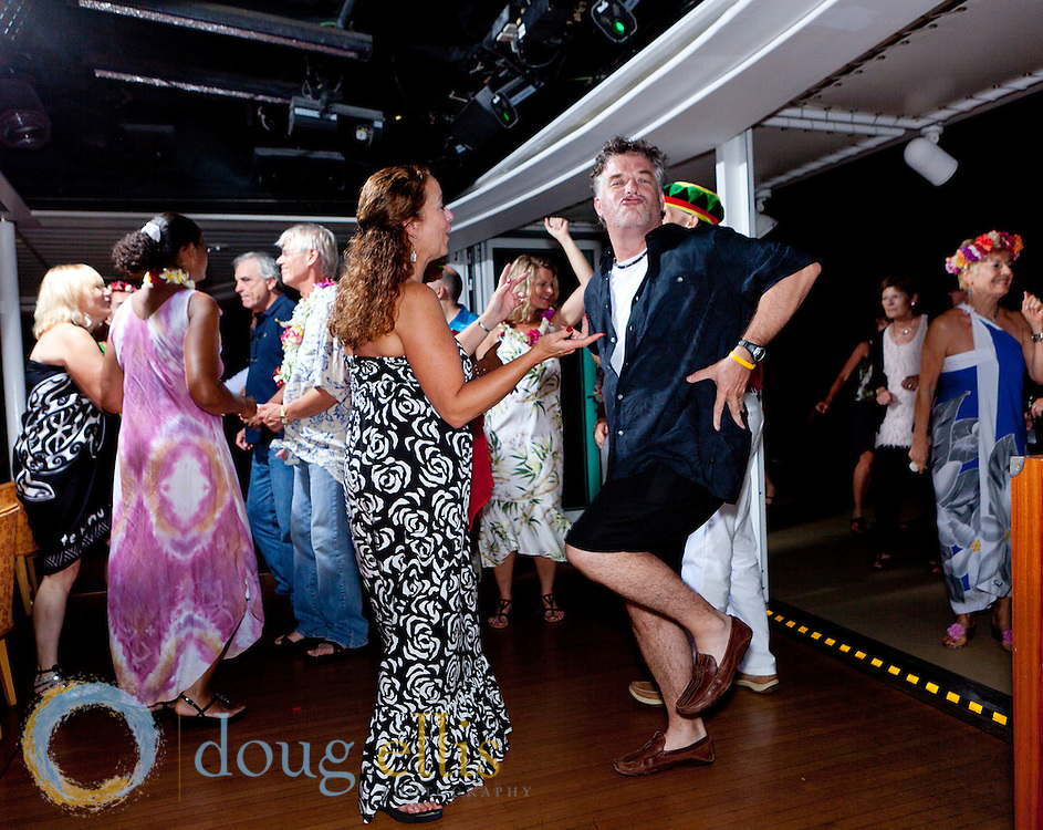TUT Adventures of the World, Tahiti Cruise Photos for Mike Dooley