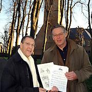 Tekeningen en bladmuziek voor de Oude Kerk Huizen door Paul Schiffer en dhr. Scholz
