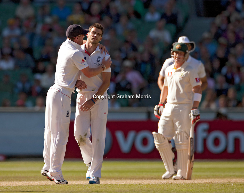 A cool James Anderson (right) doesn't celebrate bowling Steve Smith during the fourth Ashes test match between Australia and England at the MCG in Melbourne, Australia. Photo: Graham Morris (Tel: +44(0)20 8969 4192 Email: sales@cricketpix.com) 28/12/10