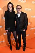 100% NL Awards 2018 in Panama, Amsterdam.<br /> <br /> Op de foto:  Guus Meeuwis en partner Manon Meijers