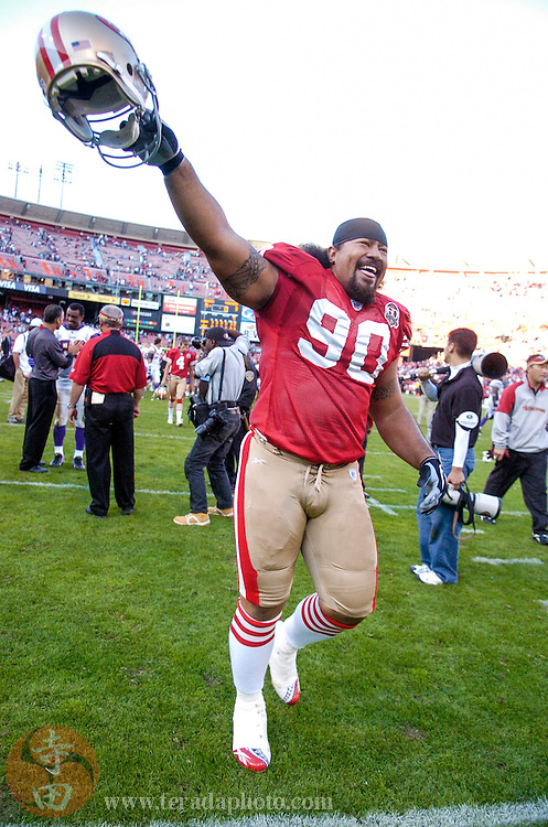 Nov 5, 2006 San Francisco, CA, USA: San Francisco 49ers defensive tackle Isaac Sopoaga (90) celebrates after the game against the Minnesota Vikings at Monster Park. The 49ers defeated the Vikings 9-3.