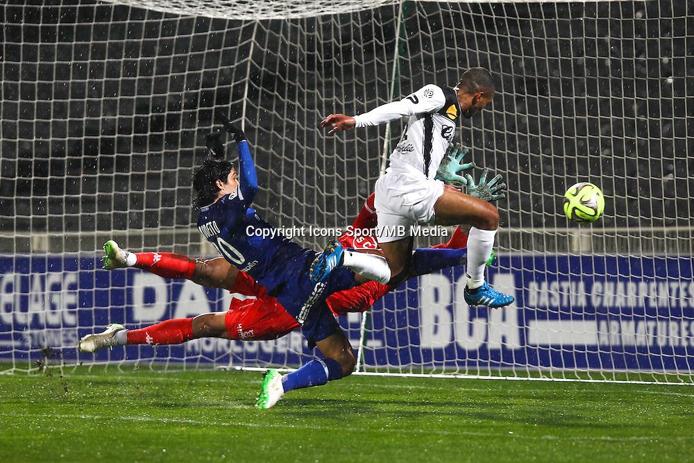 Alphonse Areola / Sylvain Marveaux - 21.03.2015 - Bastia / Guingamp - 30eme journee de Ligue 1 <br />Photo : Andre Delon / Icon Sport