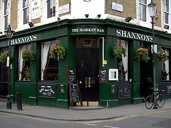 UK ENGLAND LONDON 3APR11 - The Market Bar on Portobello Road, Portobello, west London...jre/Photo by Jiri Rezac..© Jiri Rezac 2011