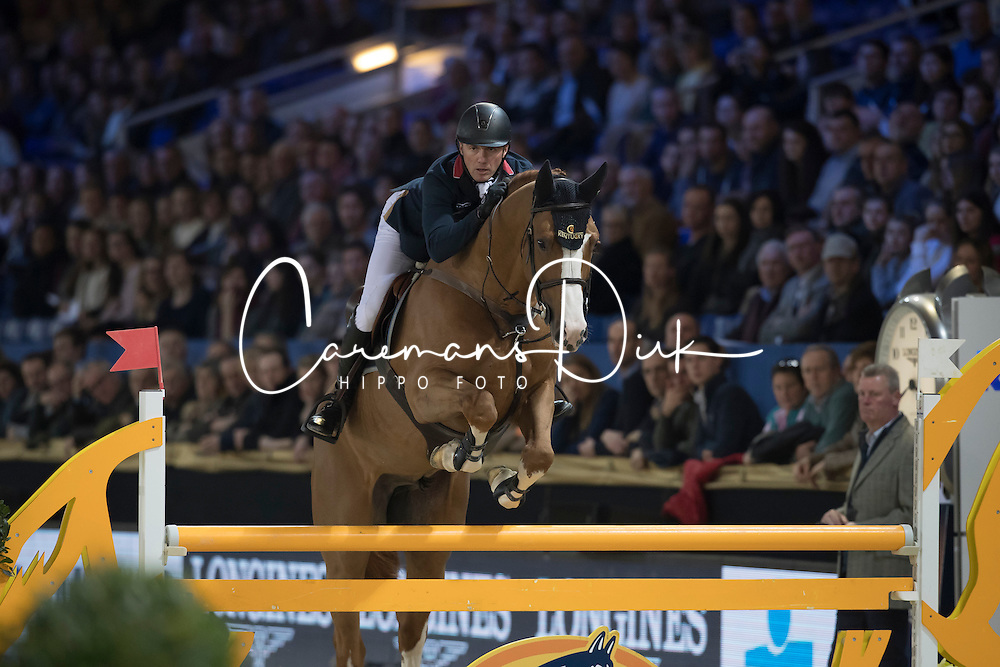 Clee Joe, GBR, De Flor 111 Z<br /> Young Stallions 5 years of age<br /> Vlaanderens Kerstjumping Memorial Eric Wauters<br /> &copy; Dirk Caremans<br /> 27/12/2016
