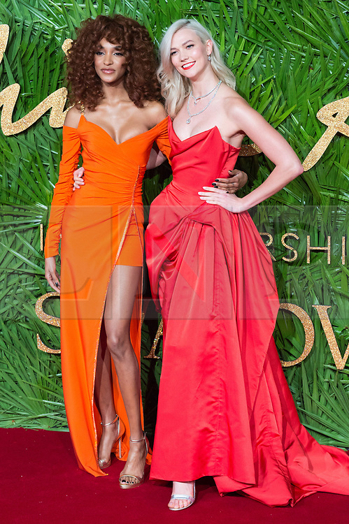 © Licensed to London News Pictures. 04/12/2017. London, UK. JOURDAN DUNN and KARLIE KLOSS arrives for The Fashion Awards 2017 held at the Royal Albert Hall. Photo credit: Ray Tang/LNP
