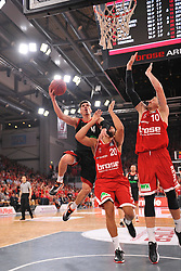 21.06.2015, Brose Arena, Bamberg, GER, Beko Basketball BL, Brose Baskets Bamberg vs FC Bayern Muenchen, Playoffs, Finale, 5. Spiel, im Bild Nihad Djedovic (FC Bayern Muenchen / Mitte) versucht zum Korbwurf zu kommen. Elias Harris (Brose Baskets Bamberg / Zweiter von rechts) und Daniel Theis (Brose Baskets Bamberg / rechts) versuchen zu blocken. // during the Beko Basketball Bundes league Playoffs, final round, 5th match between Brose Baskets Bamberg and FC Bayern Muenchen at the Brose Arena in Bamberg, Germany on 2015/06/21. EXPA Pictures &copy; 2015, PhotoCredit: EXPA/ Eibner-Pressefoto/ Merz<br /> <br /> *****ATTENTION - OUT of GER*****