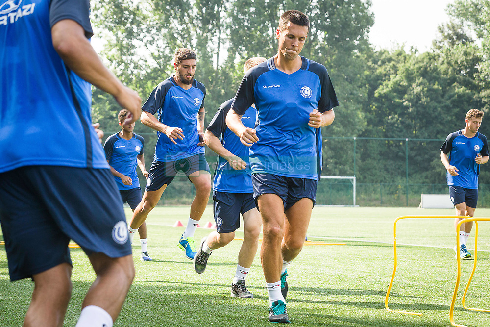 June 22, 2017 - Gent, BELGIUM - Gent's Jeremy Perbet pictured during the first training session for the new 2017-2018 season of Jupiler Pro League team KAA Gent, in Gent, Thursday 22 June 2017. BELGA PHOTO JAMES ARTHUR GEKIERE (Credit Image: © James Arthur Gekiere/Belga via ZUMA Press)