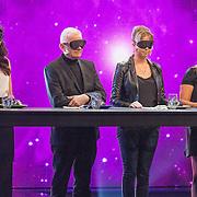 NLD/Aalsmeer/20151120 - 1e show Mindmasters Live 2015, Lisa Michels, Boer Geert, monique Smit en Patty Brard