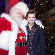 NLD/Hilversum /20131210 - Sky Radio Christmas Tree For Charity 2013, Ruud Feltkamp en de kerstman