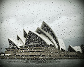 Fine Art Photos of the Sydney Opera House in 81 seconds