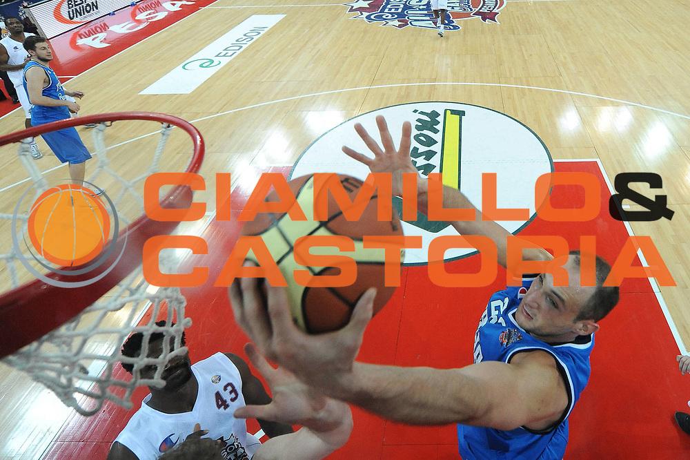 DESCRIZIONE : Pesaro Edison All Star Game 2012<br /> GIOCATORE : Marco Cusin<br /> CATEGORIA : special rimbalzo <br /> SQUADRA : Italia Nazionale Maschile<br /> EVENTO : All Star Game 2012<br /> GARA : Italia All Star Team<br /> DATA : 11/03/2012 <br /> SPORT : Pallacanestro<br /> AUTORE : Agenzia Ciamillo-Castoria/M.Marchi<br /> Galleria : FIP Nazionali 2012<br /> Fotonotizia : Pesaro Edison All Star Game 2012<br /> Predefinita :
