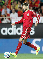 30.05.2014, Estadio Sanchez Pizjuan, Sevilla, ESP, FIFA WM, Testspiel, Spanien vs Bolivien, im Bild Spaniens Gerard Pique // Spain's Gerard Pique during friendly match between Spain and Bolivia for Preparation of the FIFA Worldcup Brasil 2014 at the Estadio Sanchez Pizjuan in Sevilla, Spain on 2014/05/30. EXPA Pictures © 2014, PhotoCredit: EXPA/ Alterphotos/ Acero<br /> <br /> *****ATTENTION - OUT of ESP, SUI*****