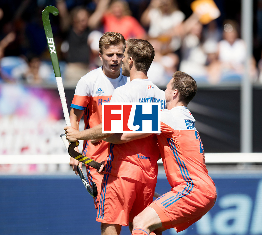 BREDA - Rabobank Hockey Champions Trophy<br /> 3rd/4th place The Netherlands - Argentina<br /> Photo: Thijs van Dam, Jeroen Hertzberger and Roel Bovendeert celebrate the 1-0.<br /> COPYRIGHT WORLDSPORTPICS FRANK UIJLENBROEK
