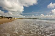Porto Seguro_BA, Brasil...Pessoas na praia em Trancoso...People in the beach in Trancoso...Foto: LEO DRUMOND / NITRO