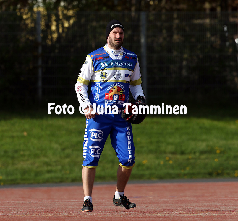 13.5.2016, Pihkala, Hyvink&auml;&auml;.<br /> Superpesis 2016.<br /> Hyvink&auml;&auml;n Tahko - Oulun Lippo.<br /> Ilkka Hirvonen - Oulu