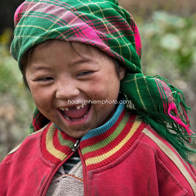 Vietnam Images-children-smile-Ha Giang hoàng thế nhiệm hoàng thế nhiệm