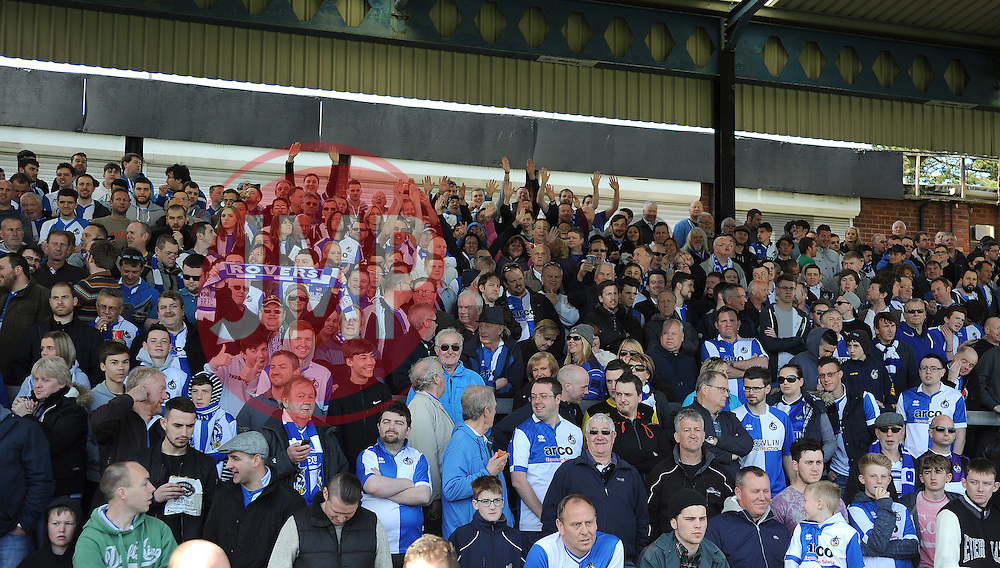 Bristol Rovers fans - Photo mandatory by-line: Neil Brookman/JMP - Mobile: 07966 386802 - 11/04/2015 - SPORT - Football - Bristol - Memorial Stadium - Bristol Rovers v Southport - Vanarama Football Conference