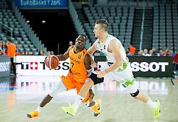 08-09-2015 CRO: FIBA Europe Eurobasket 2015 Slovenie - Nederland, Zagreb<br /> De Nederlandse basketballers hebben de kans om doorgang naar de knockoutfase op het EK basketbal te bereiken laten liggen. In een spannende wedstrijd werd nipt verloren van Slovenië: 81-74 / Charlon Kloof of Netherlands vs Alen Omic of Slovenia. Photo by Vid Ponikvar / RHF