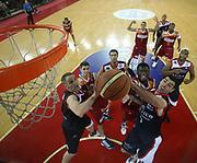 DESCRIZIONE : Roma Lega A 2009-10 Basket Lottomatica Virtus Roma Angelico Biella<br /> GIOCATORE : Sven Schultze Matteo Soragna<br /> SQUADRA : Angelico Biella<br /> EVENTO : Campionato Lega A 2009-2010<br /> GARA : Lottomatica Virtus Roma Angelico Biella<br /> DATA : 08/11/2009<br /> CATEGORIA : rimbalzo special super<br /> SPORT : Pallacanestro<br /> AUTORE : Agenzia Ciamillo-Castoria/E.Castoria<br /> Galleria : Lega Basket A 2009-2010 <br /> Fotonotizia : Roma Campionato Italiano Lega A 2009-2010 Lottomatica Virtus Roma Angelico Biella<br /> Predefinita :