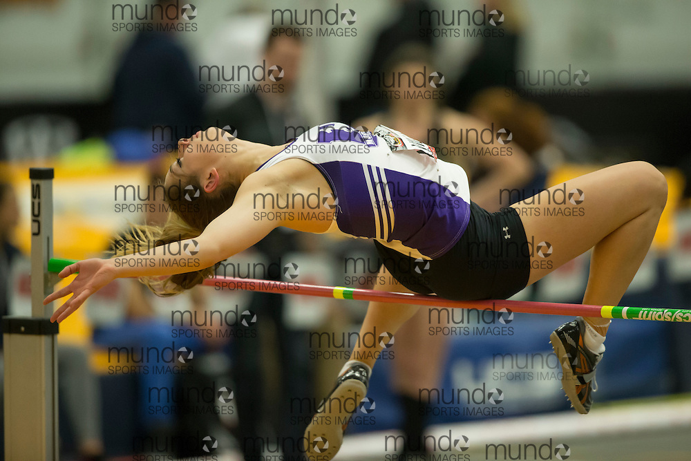 Windsor, Ontario ---2015-03-12--- Sarah Villani of Western University  competes in the pentathlon high jump at the 2015 CIS Track and Field Championships in Windsor, Ontario, March 12, 2015.<br /> GEOFF ROBINS/ Mundo Sport Images