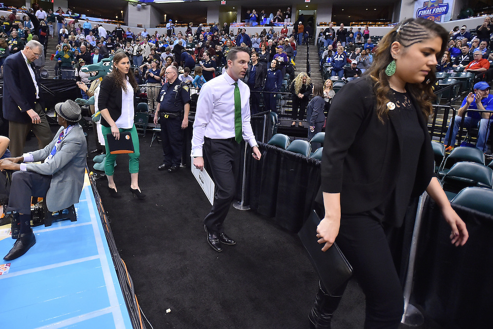 April 4, 2016; Indianapolis, Ind.; The UAA women's basketball team's coaches walk off the court after the Seawolves fell to Lubbock Christian 78-73 the NCAA Division II Women's Basketball National Championship game at Bankers Life Fieldhouse.