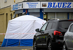 © Licensed to London News Pictures. 28/06/2018. London, UK. A police tent where the body was discovered near the scene where a 20 year old man was stabbed to death yesterday evening in Edmonton, North London. Police were called to reports of a row between men armed with baseball bats on Wednesday evening. Photo credit: Ben Cawthra/LNP