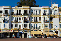 Maroc, Tanger, rue d Espagne, front de mer // Morocco, Tangier (Tanger), Espagne street on the sea side