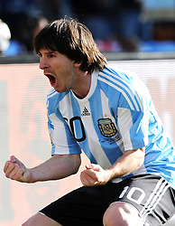 17.06.2010, Soccer City Stadium, Johannesburg, RSA, FIFA WM 2010, Argentinien vs Südkorea im Bild Lionel Messi (Argentina) .jubelt, EXPA Pictures © 2010, PhotoCredit: EXPA/ InsideFoto/ G. Perottino, ATTENTION! FOR AUSTRIA AND SLOVENIA ONLY!!! / SPORTIDA PHOTO AGENCY