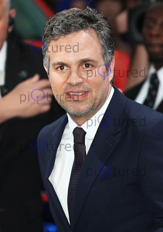 Mark Ruffalo, The Avengers: Age of Ultron - European Film Premiere, Westfield Shopping Centre, London UK, 21 April 2015, Photo by Richard Goldschmidt