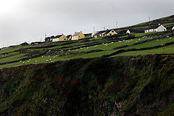 IRELAND KERRY DINGLE 3NOV05 - Coastal landscape near Dunbeg Fort on the Dingle Peninsula, Irelands most westerly county...jre/Photo by Jiri Rezac..© Jiri Rezac 2005..Contact: +44 (0) 7050 110 417.Mobile: +44 (0) 7801 337 683.Office: +44 (0) 20 8968 9635..Email: jiri@jirirezac.com.Web: www.jirirezac.com..© All images Jiri Rezac 2005 - All rights reserved.