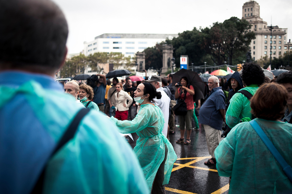 health staff during a demonstration in the streets of barcelona
