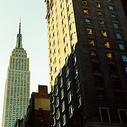 A panoramic view of the Empire State Building in the late afternoon sunlight, Manhattan, New York, USA. 23rd July 2011. Photo Tim Clayton