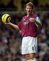 Photo: Daniel Hambury.<br />West Ham Utd v West Bromwich Albion. The Barclays Premiership. 05/11/2005.<br />West Ham's match winner Teddy Sheringham.