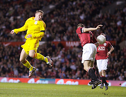 Manchester, England - Thursday, April 26, 2007: Liverpool's Lee Woodward heads at the Manchester United goal during the FA Youth Cup Final 2nd Leg at Old Trafford. (Pic by David Rawcliffe/Propaganda)