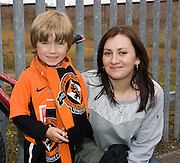 Ready for the match - Dundee United v Hearts, Clydesdale Bank Scottish Premier League at Tannadice Park..© David Young Photo.5 Foundry Place.Monifieth.Angus.DD5 4BB.Tel: 07765252616.email: davidyoungphoto@gmail.com.http://www.davidyoungphoto.co.uk