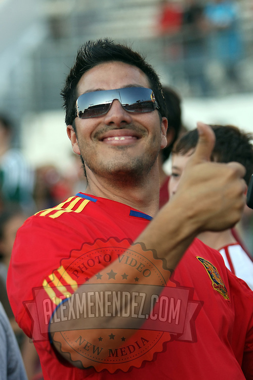 A soccer fan gives a thumbs up during a United Soccer League Pro soccer match between Puerto Rico United and the Orlando City Lions at the Florida Citrus Bowl on April 22, 2011 in Orlando, Florida.  (AP Photo/Alex Menendez)