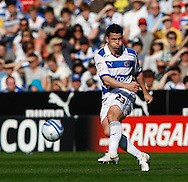 Picture by Andrew Tobin/Focus Images Ltd. 07710 761829. 24/03/12 Ian Harte of Reading shoots (misses) during the Npower Championship match at Madejski stadium, Reading.