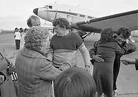 The Douglas DC-3 Dakota aircraft arriving at Dublin Airport  after a Five month and 7,000 mile ferry flight from Buenos Aires, Argentina, the aircraft was bought by a Dublin based enthusiasts organisation-Hibernian Dakota Ltd, arrived at Dublin Airport from Agadir, Marocco, 24/03/1984 (Part of the Independent Newspapers Ireland/NLI Collection).