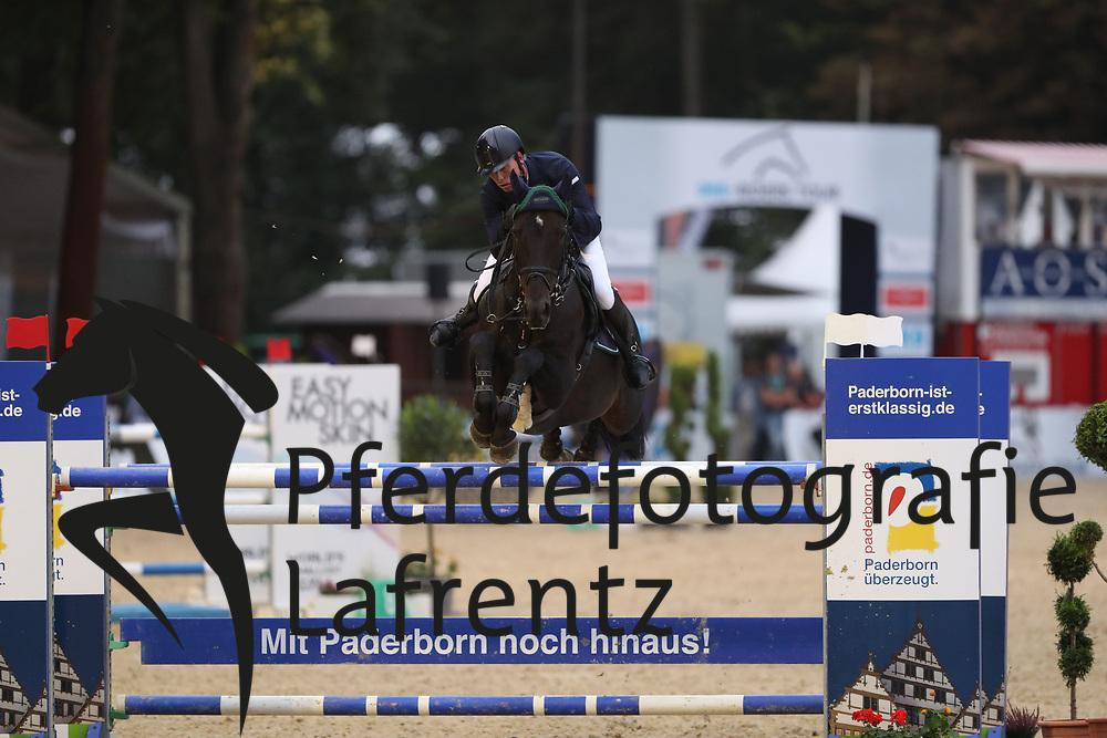 Stevens, Mario (GER) El Bandiata B<br /> Paderborn - Paderborn Challenge 2016<br /> © www.sportfotos-lafrentz.de