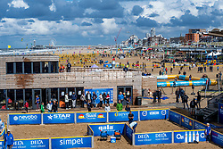 25-08-2018 NED: DELA Beach NK Volleyball, Scheveningen<br /> Hundreds of volleyball courts for the Pier in Scheveningen