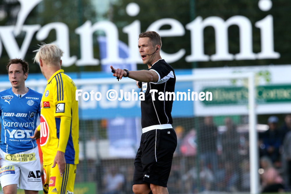 10.7.2015, Keskuskentt&auml;, Rovaniemi.<br /> Veikkausliiga 2015.<br /> Rovaniemen Palloseura - Helsingin Jalkapalloklubi.<br /> Erotuomari Mattias Gestranius